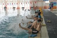 體育處與鄧公國小舉辦游泳教學活動