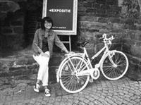 英文系系友王學寧到荷蘭留學之後,常騎著單車四處蹓躂。