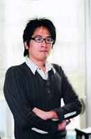化學系博士生陳威宏榮獲高分子學會年會「纖維與紡織組」口頭論文組第一名。(攝影�洪翎凱)