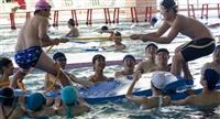 水上課程今起加倍 新生更泳