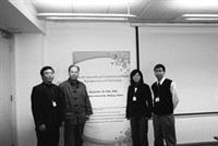 本校水環系教授高思懷(左二)帶領水環所博士生李明國(右一)於上月18至20日,參加由北京清華大學主辦的「The 4th International Conference on Waste Management and Technology」,針對各國廢棄物處理現況及管理進行學術交流,獲益匪淺。(圖�水環系提供)