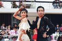 大專賽 國標舞社摘6冠軍 北區第一