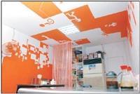 建築系得獎作品,以白橘為主色調的小王記牛肉麵。