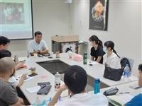 未來學所請政大國發所學程主任劉曉鵬演講