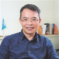 110學年度新任二級主管介紹-教育與未來設計學系主任鄧建邦