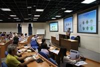 教務處教發組舉辦「教學實踐研究系列研習︰教學 實踐研究計畫從無到有的構思經驗」