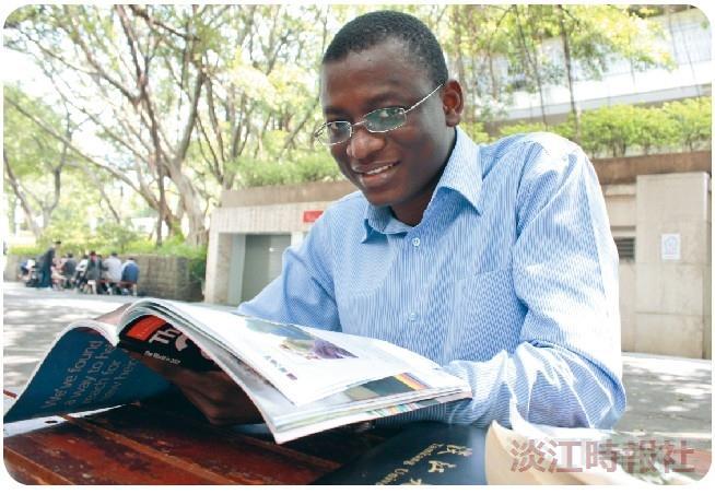 宋達明勤學6國語言  父母的信任支持他通往夢想