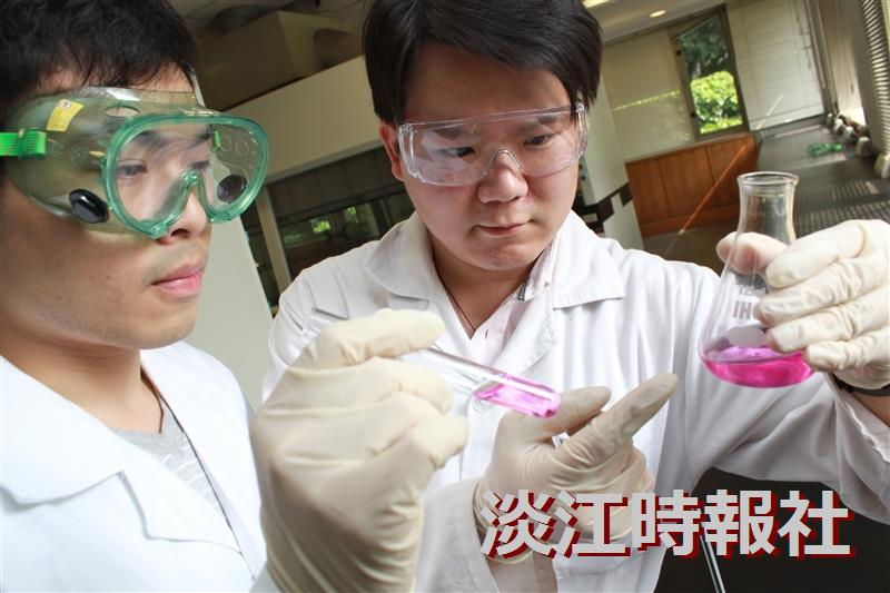 教學助理速寫:理學院化博五黃景忠有機化學實驗