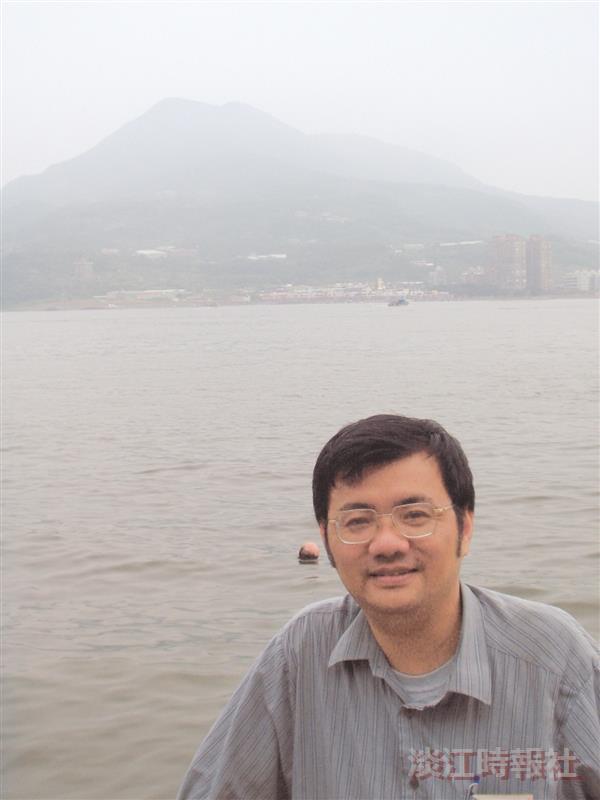 化學系系主任 林志興