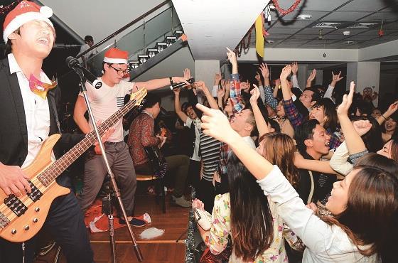 蘭陽瘋耶誕 境外生臺式耶誕大餐 耶誕舞會