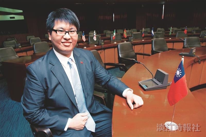 校園話題人物>研究國關新生代 陳奕帆