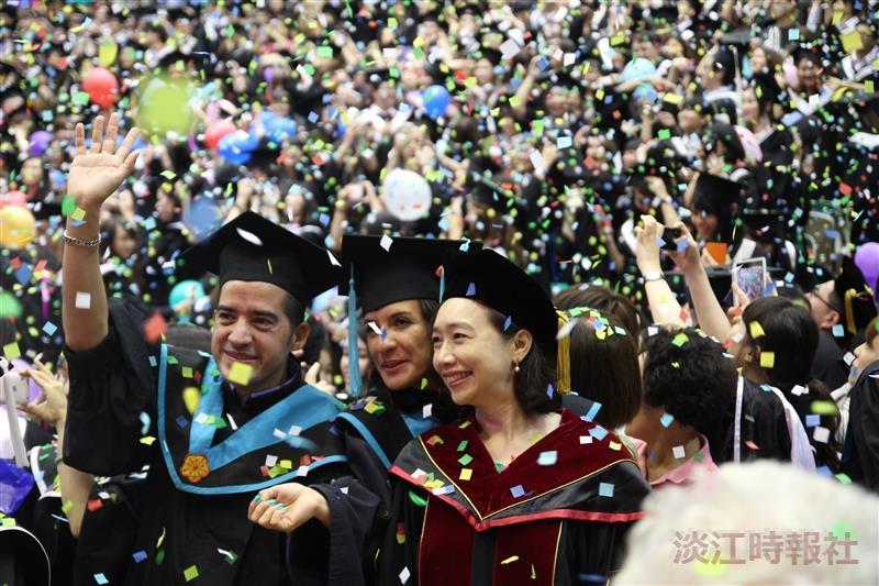 3千人歡送畢業生