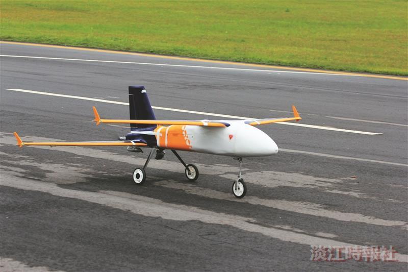 航太系UAV 獵戶奪無人飛機3獎