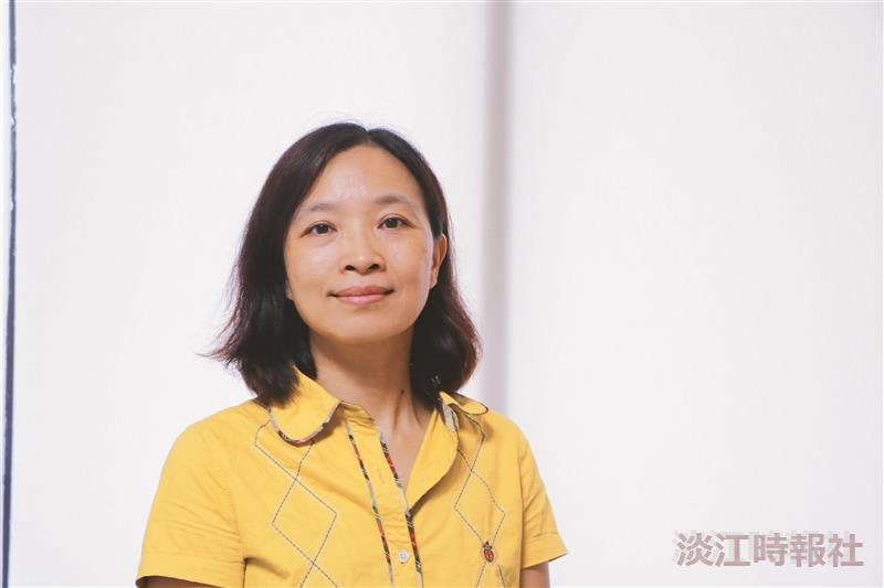 國際處/國際暨兩岸交流組組長顏秀鳳