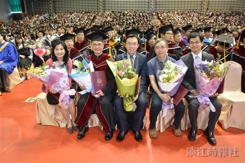 105學年度畢業典禮精彩花絮
