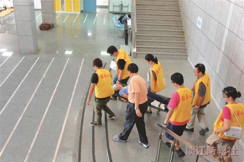 1500師生演練災害疏散