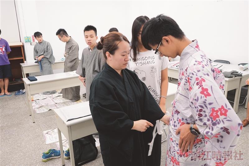 日本文化研究社 浴衣初體驗