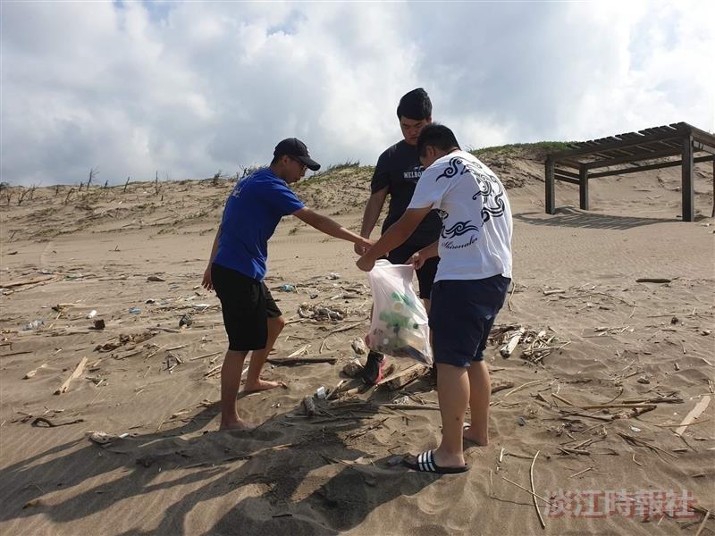 大地環保工作團白沙灣淨灘