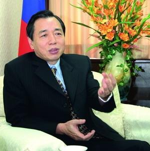 李述德(財政部長)民國63年銀行保險系(今保險系)畢業