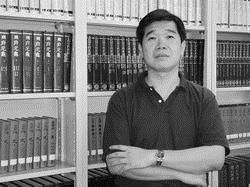 全球化政治與經濟學系暨多元文化與語言學系系主任 鄭欽模