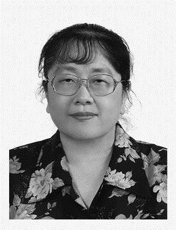 教育政策與領導研究所所長 楊瑩