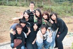 上學期成立的蘭陽校園志工隊,每個人都擁一顆熱誠的心,彼此感情甚篤,是一個溫馨的大家庭,也是蘭陽校園綠美化的急先鋒。