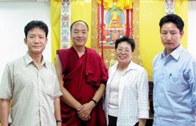 全額補助 喇嘛來校學中文