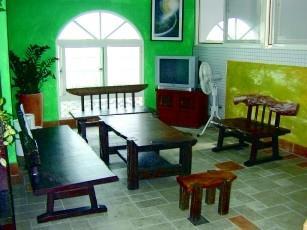 本校新開放使用的男生宿舍--淡江學園,設備新穎,處處可見精心設計。(攝影�邱啟原)