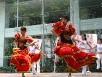 西語系同學表演佛朗明哥舞蹈,艷 驚全場。 (攝影/陳國良)