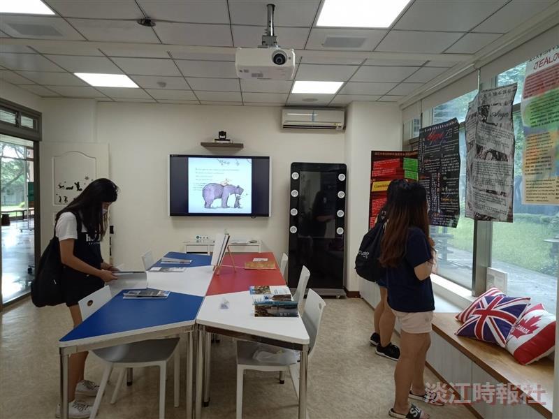 108學年度英文系頂石課程成果展