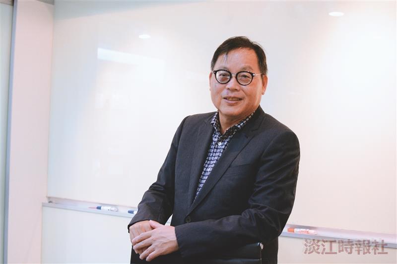 第33屆金鷹獎得主 富樂群建設董事長 土木系校友莊子華