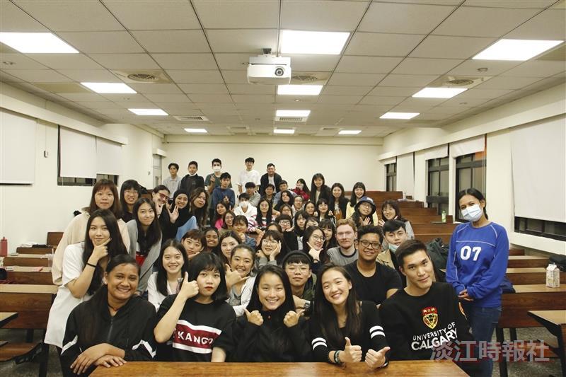外交與國際系校友皮韻和來校演講