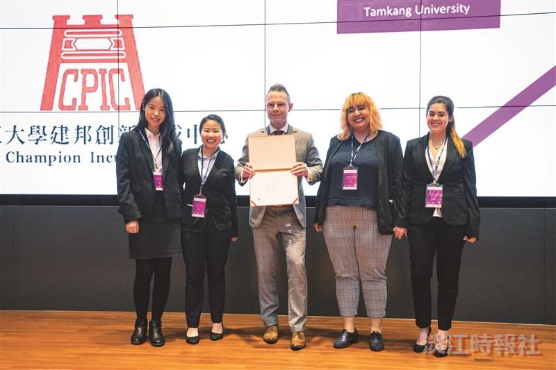 本校4組學生團隊成功晉級霍特獎上海、吉隆坡區域賽