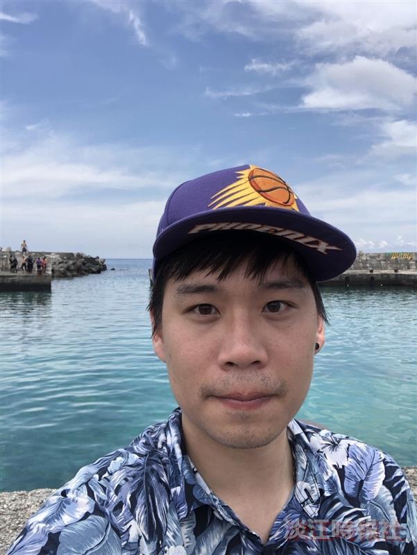 洪崇德獲新詩學會主辦2020年優秀青年詩人獎