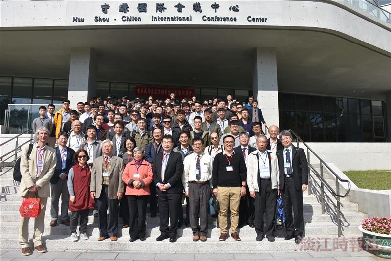 化學系舉辦2018年中華民國液態晶體學會年會暨研討會