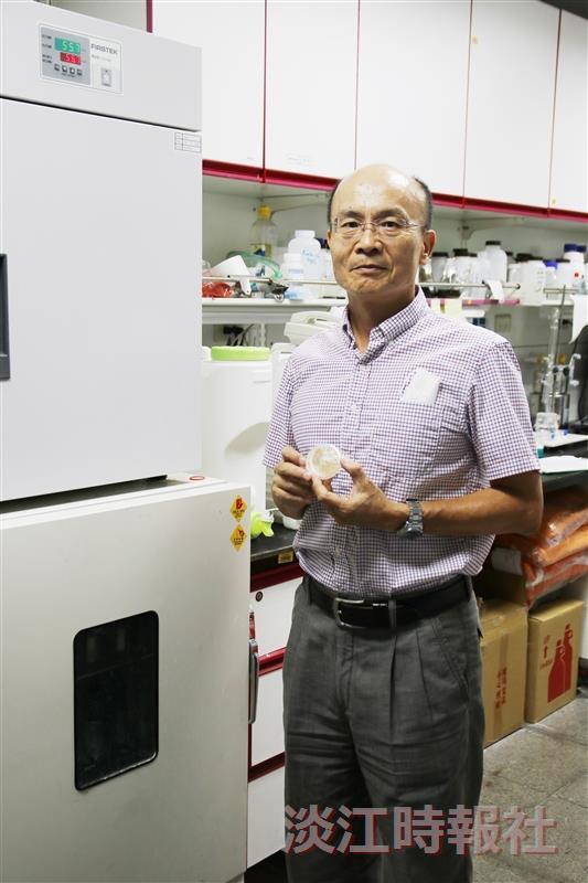 王三郎從蝦蟹殼廢材 釣出醫療開發商機
