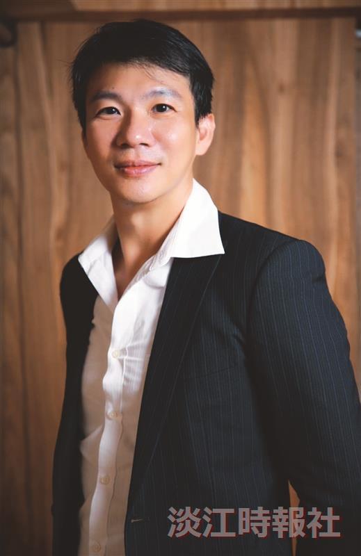 淡江品牌校友齊讚 大傳系校友、《遠見雜誌》總編輯李建興