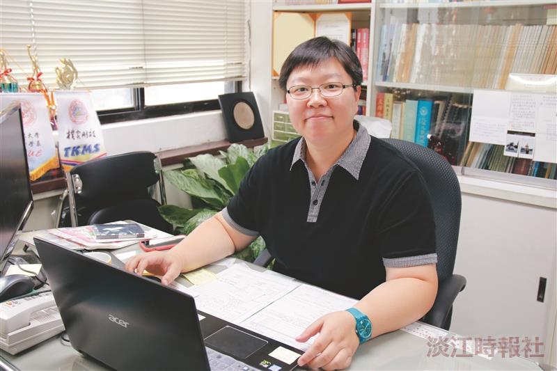 專任教師評鑑優等獎經濟系副教授林彥伶