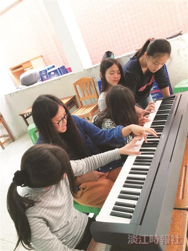 【品德之星】企管三李可人 用音樂關注陪伴弱勢孩童