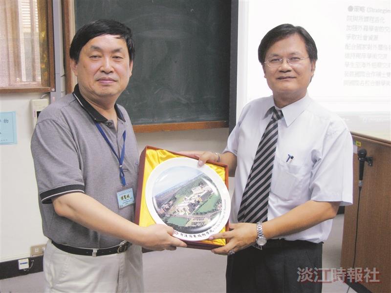 國際研究學院/中國大陸研究所所長郭建中